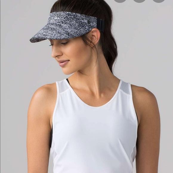 lululemon athletica Accessories - Lululemon fast paced run visor